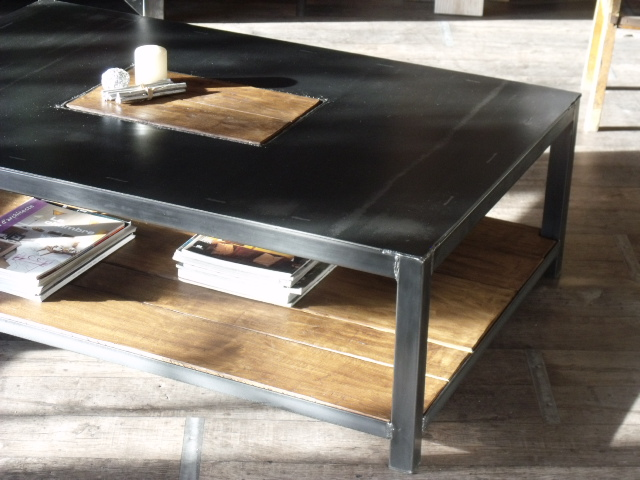 table basse style industriel metal mobilier design d coration d 39 int rieur. Black Bedroom Furniture Sets. Home Design Ideas