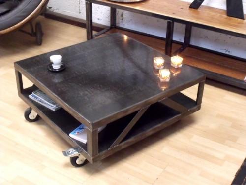 table basse style loft industriel mobilier design d coration d 39 int rieur. Black Bedroom Furniture Sets. Home Design Ideas