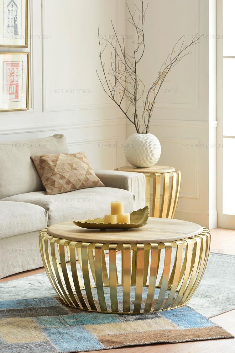 table basse ronde or mobilier design d coration d 39 int rieur. Black Bedroom Furniture Sets. Home Design Ideas