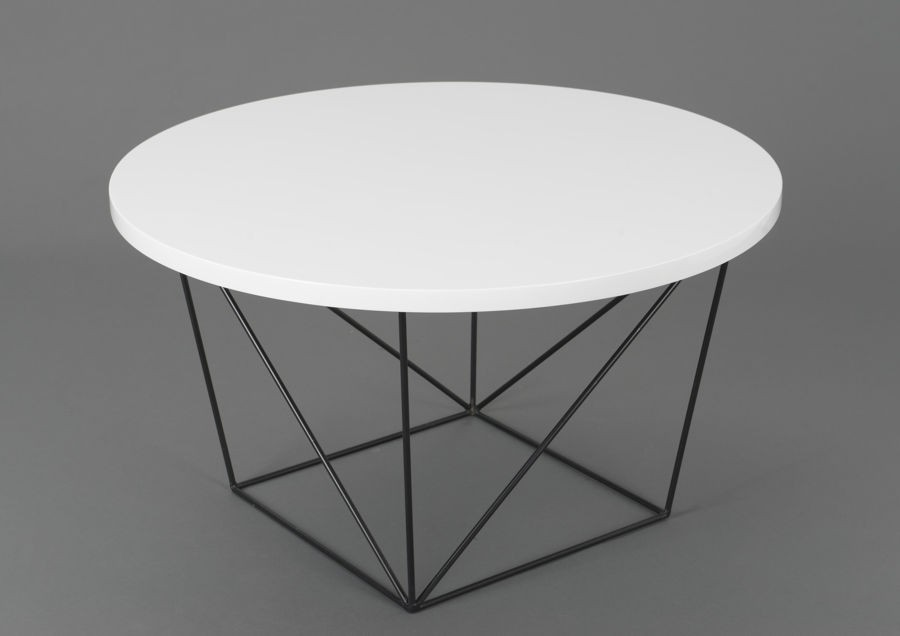 Table basse ronde noire metal mobilier design for Table de salon ronde design