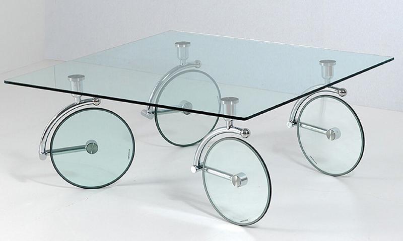 Table basse en verre avec roulettes