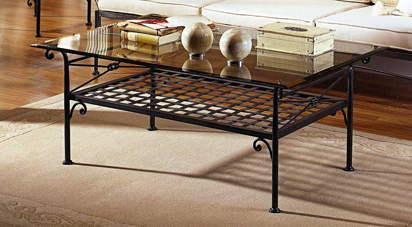 table basse en verre et fer forg mobilier design d coration d 39 int rieur. Black Bedroom Furniture Sets. Home Design Ideas