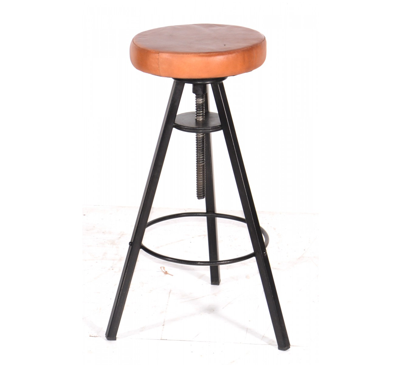 tabouret de bar industriel 65 cm mobilier design d coration d 39 int rieur. Black Bedroom Furniture Sets. Home Design Ideas