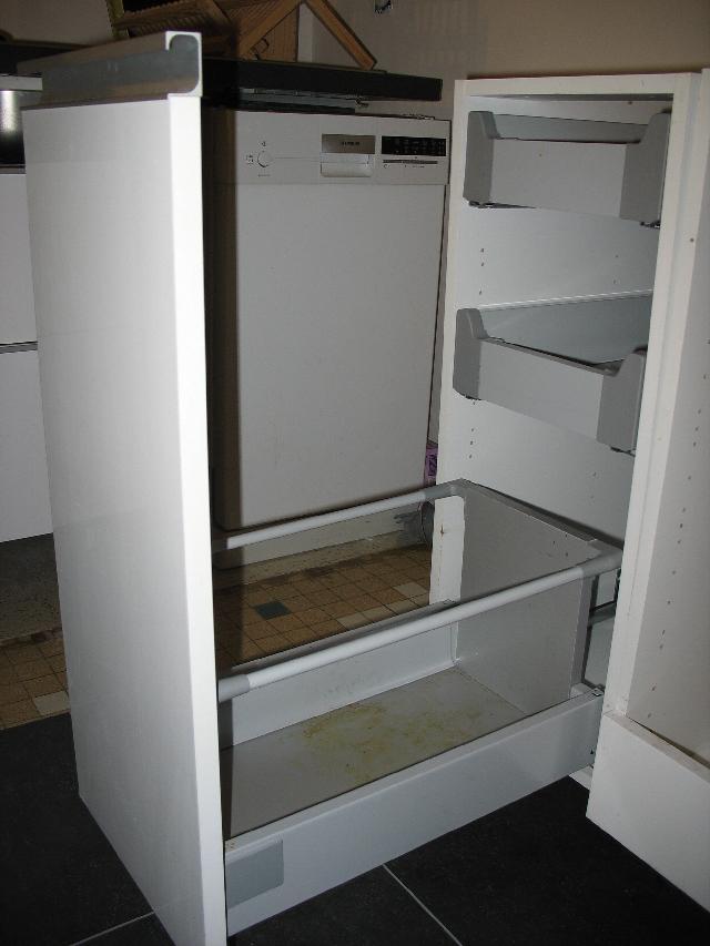 meuble de cuisine a donner mobilier design d coration d. Black Bedroom Furniture Sets. Home Design Ideas