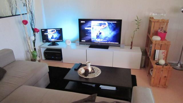meuble tv a ikea mobilier design d coration d 39 int rieur. Black Bedroom Furniture Sets. Home Design Ideas