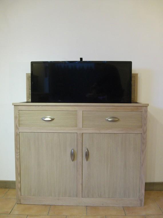Meuble tv lectrique mobilier design d coration d 39 int rieur for Meuble cache tv