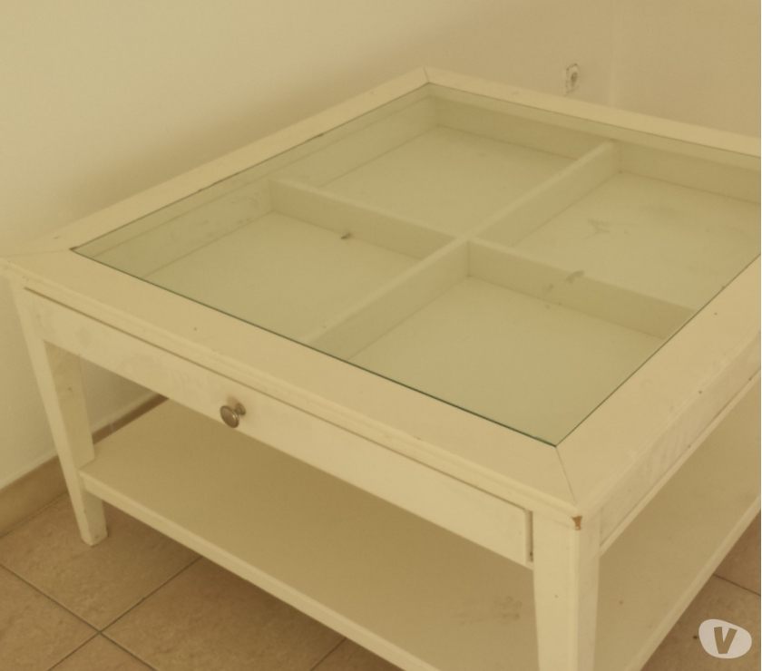 Table basse ikea blanche verre
