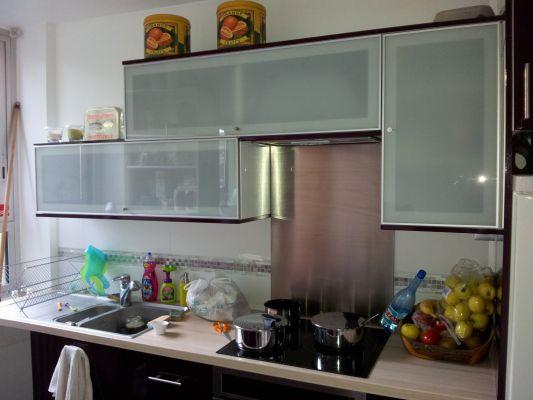 meuble de cuisine l ment haut mobilier design d coration d 39 int rieur. Black Bedroom Furniture Sets. Home Design Ideas