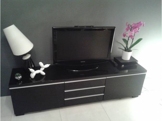 meuble tv wenge ikea mobilier design d coration d 39 int rieur. Black Bedroom Furniture Sets. Home Design Ideas
