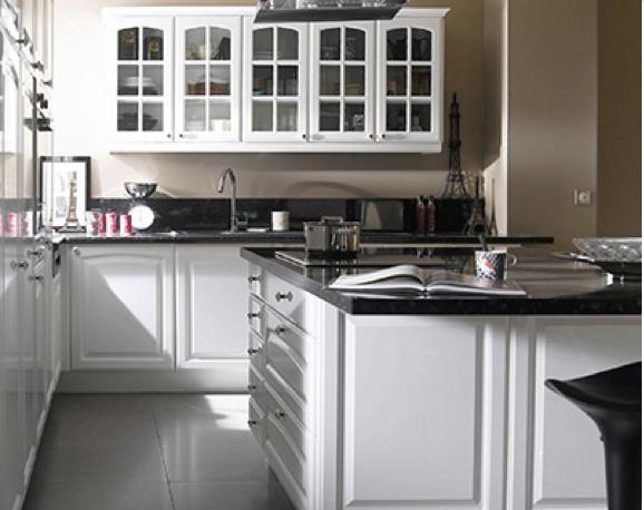 Placard cuisine blanc mobilier design d coration d for Placard cuisine blanc