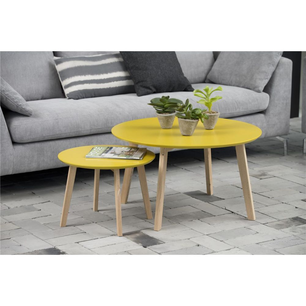 table basse jaune mobilier design d coration d 39 int rieur. Black Bedroom Furniture Sets. Home Design Ideas