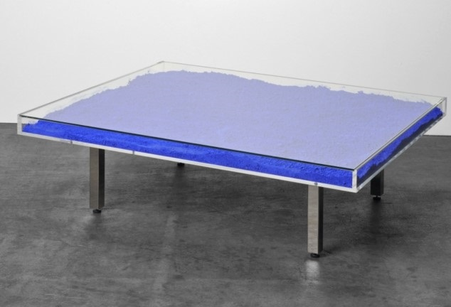Table Basse Yves Klein Prix Mobilier Design Decoration D