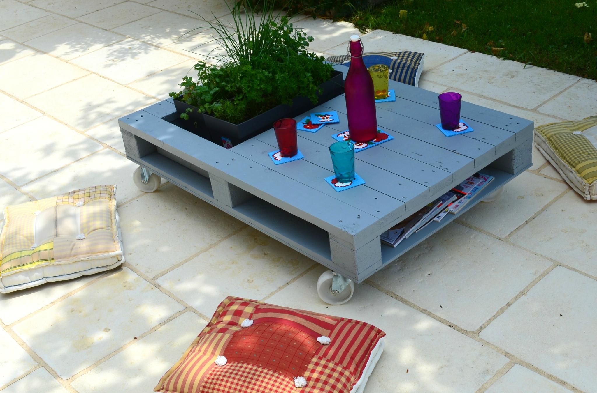 Table basse carré palette