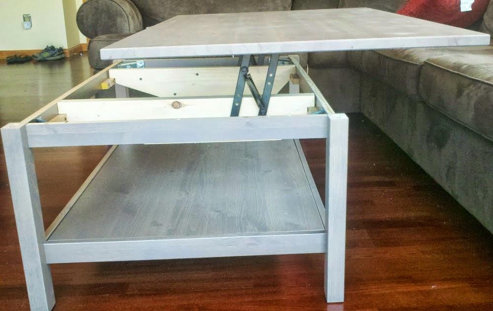Petite table basse relevable ikea