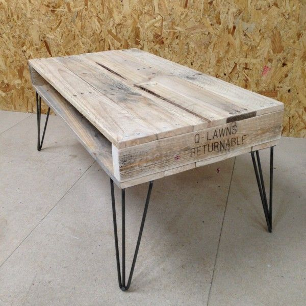 Table basse bois pied en épingle