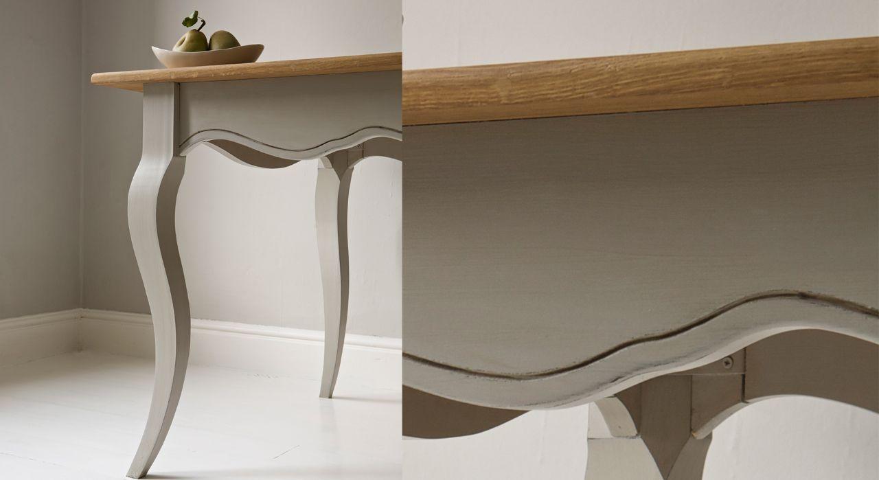 Peindre une table basse en bois