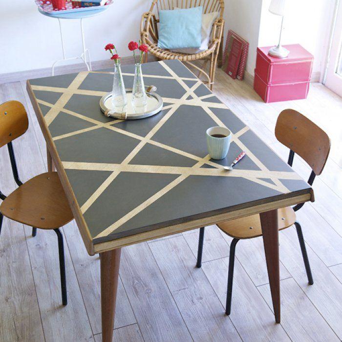 Comment repeindre une table basse en bois