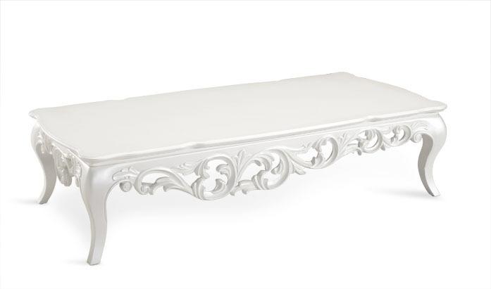 Table basse en bois baroque