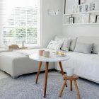 Quel tapis pour table basse en bois