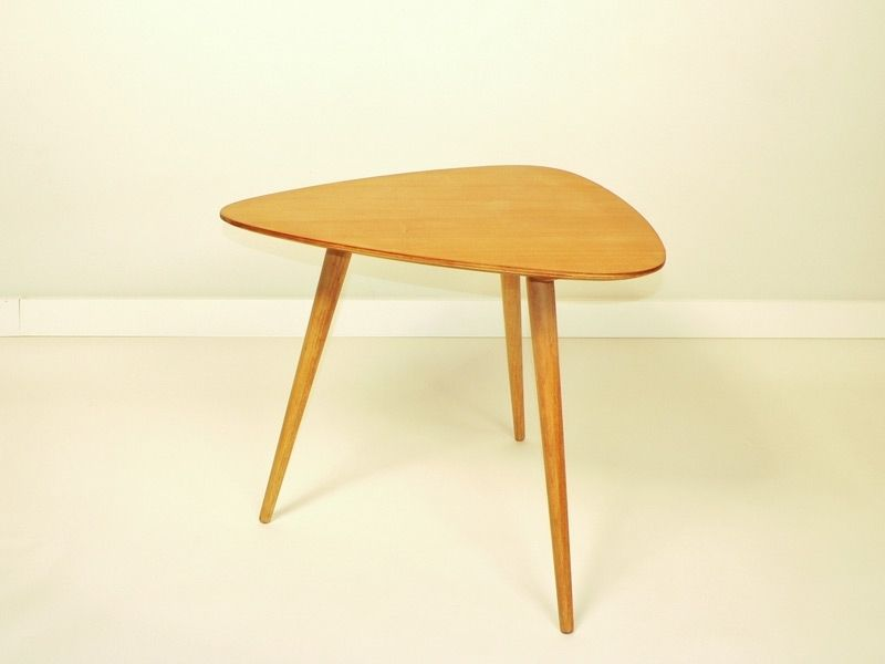 Table basse vintage triangle