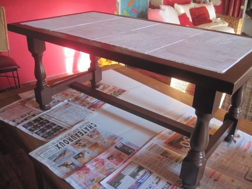 Comment rénover une table basse en bois