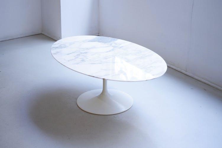 Table basse saarinen marbre prix