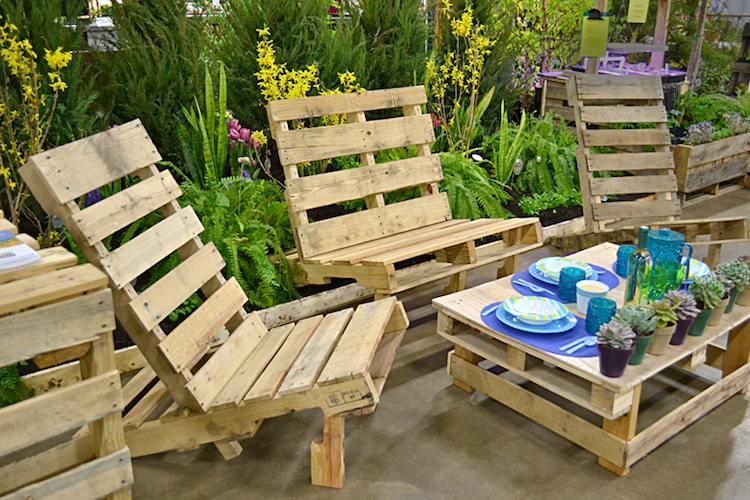 Table basse palette salon de jardin