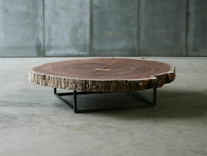 Table basse bois naturel avec pouf