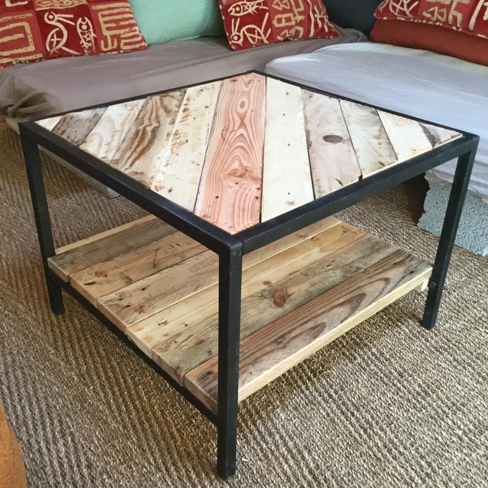 Table basse en palette metal