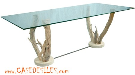 Table basse en verre pied bois