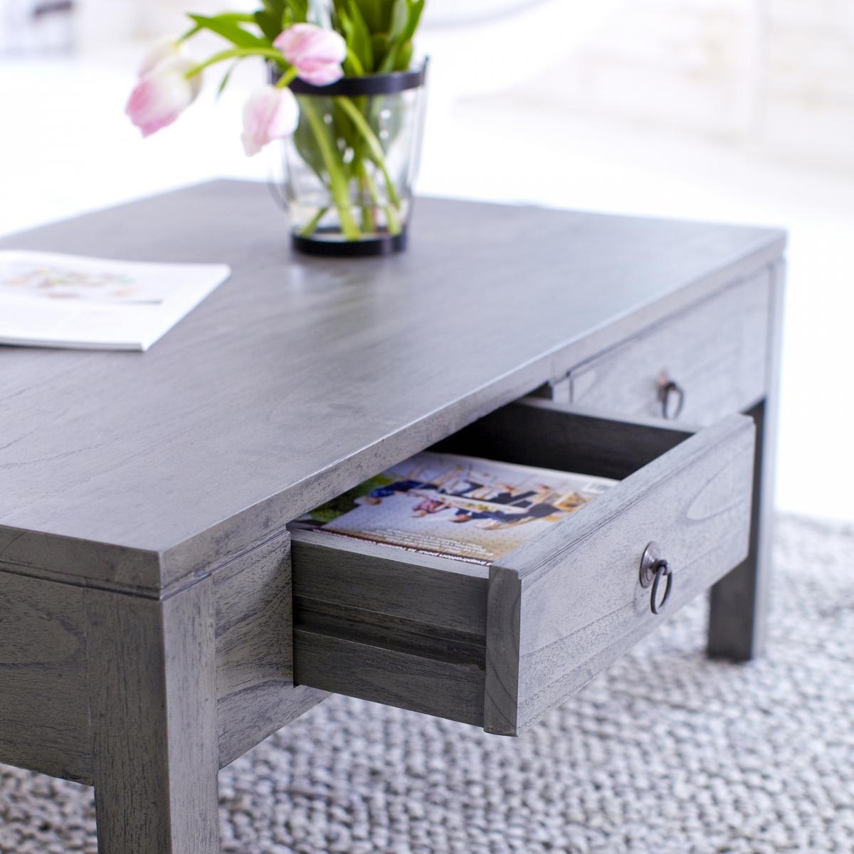 Table basse grise bois