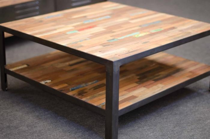 Table basse carree bois et metal
