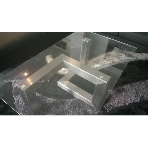 Table basse design en inox