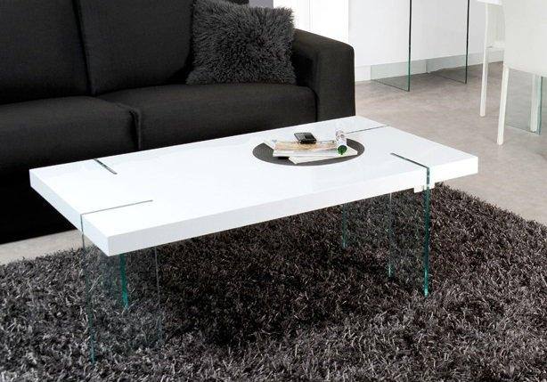 Table basse en verre avec pied blanc laqué