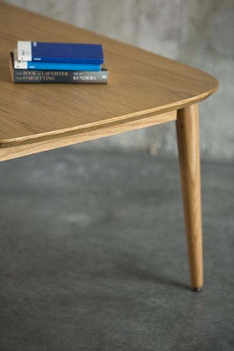 Table basse vintage chene
