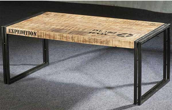 Table basse en bois style industriel