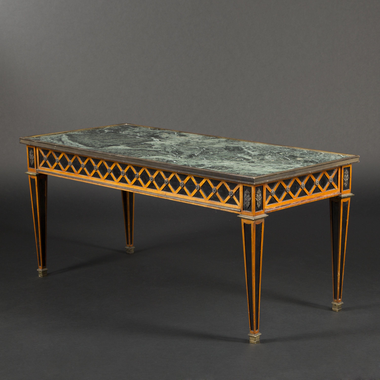 Table basse marbre louis xvi