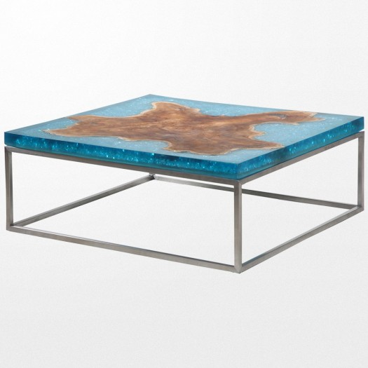 Table basse en verre bleu