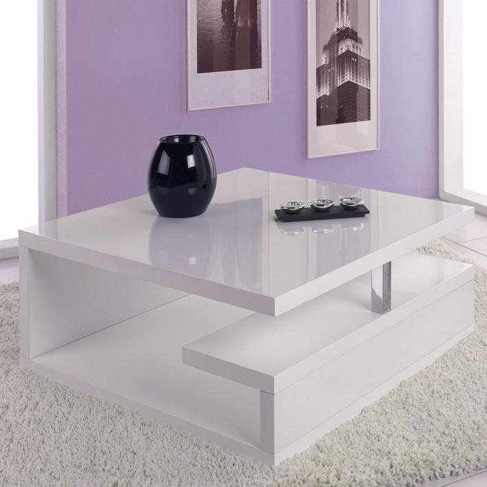 Table basse design avec roulettes