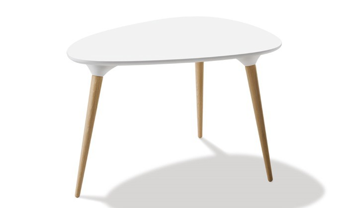 Table basse scandinave triangulaire