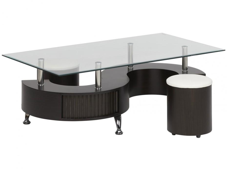 Table basse avec pouf en rotin