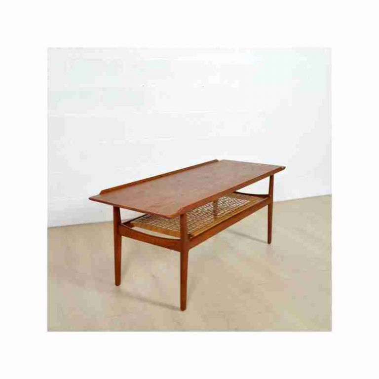 Table basse bois massif cocktail scandinave