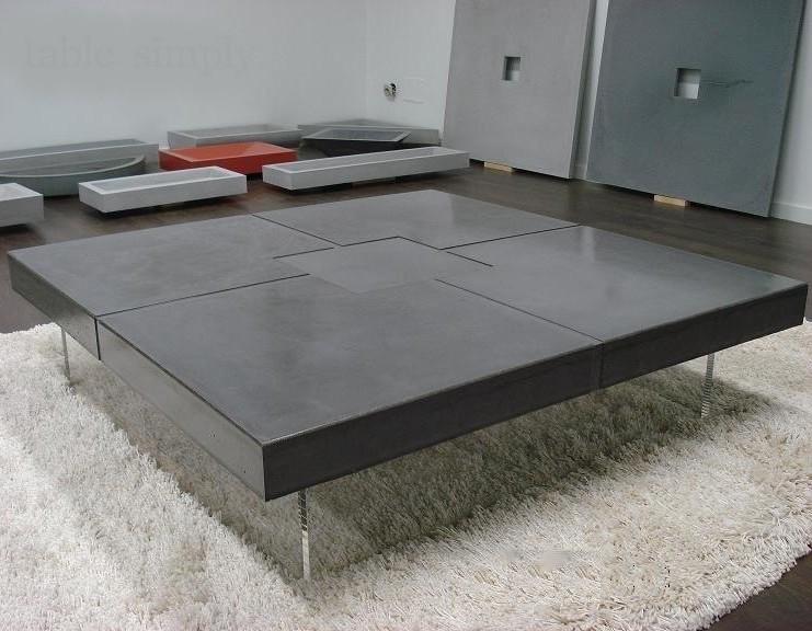 Grande table basse rectangulaire en bois