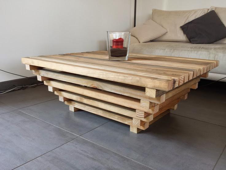 Table basse palette avec plateau relevable