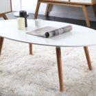 Table basse blanc et bois ovale